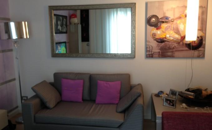 Arredamento con il colore lilla for Arredamento casa uomo single